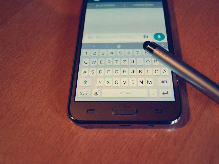 ontalks-suelen-correa-marketing-chat-whatsapp